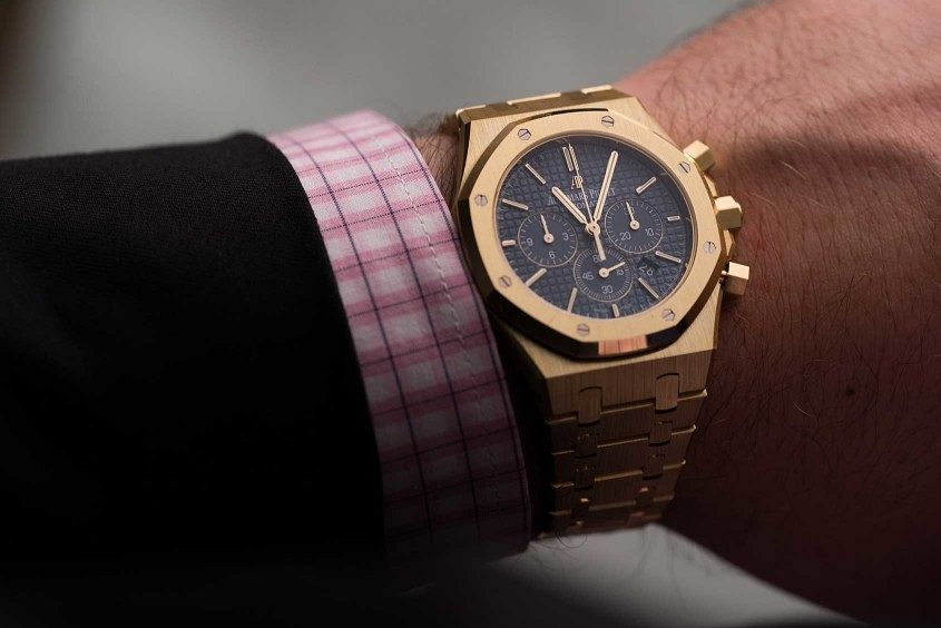 Audemars-piguet-royal-oak-chronograph-yellow-gold