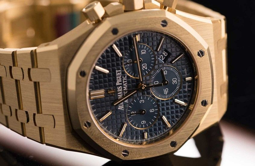 Audemars-piguet-royal-oak-chronograph-yellow-gold_