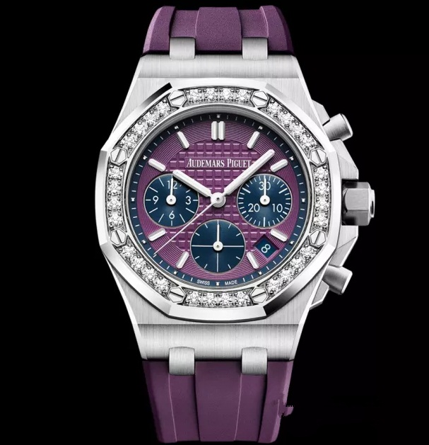 Audemars Piguet Royal-Oak Offshore copy watches with purple dials are outstanding for summer.