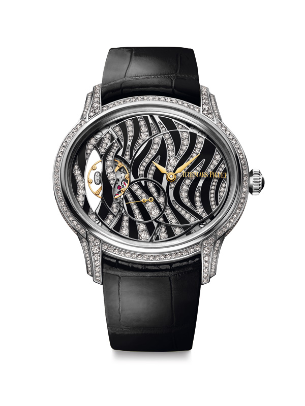 Golden hands are exquisite in black dials fake watches.