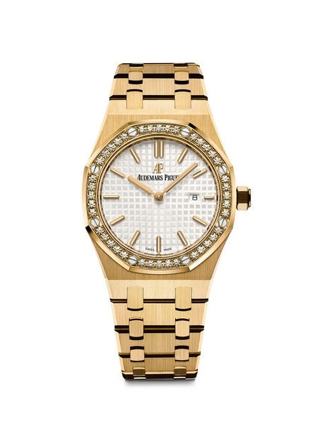 Audemars Piguet Royal-Oak fake watches with golden cases are outstanding.