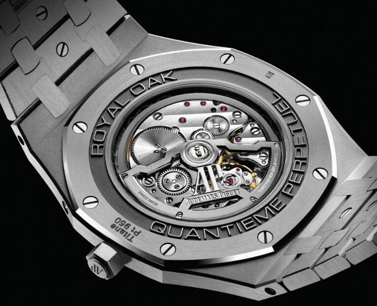 The Audemars Piguet Royal Oak won the award of Aiguille d'Or of GPHG